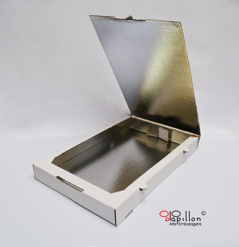 Caixa para 100 salgados parte interna laminada: 41 x 27,5 x 4,5 cm