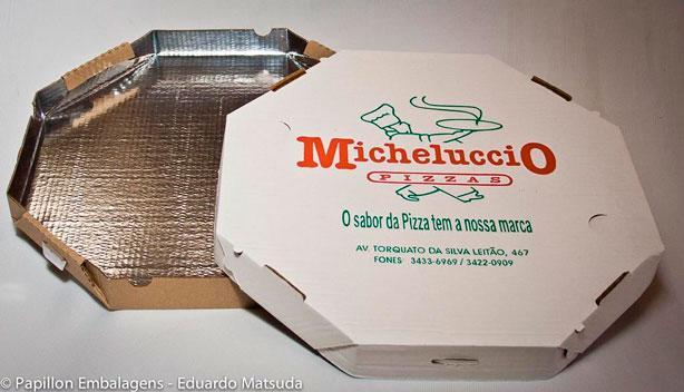Caixa de pizza com fundo laminado
